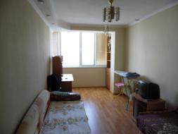 Продается квартира в Ленинском р-не,ул. Хрусталева.