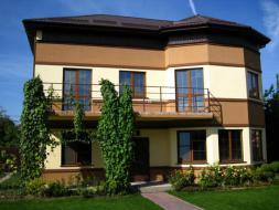 Меняю дом в Киеве на дом или квартиру в Ялте