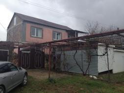 Продается дом в живописном уголке Севастополя. пгт Сахарная Головка.