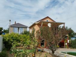 Продам современный 2х этажный дом с шикарным бассейном на Фиоленте