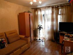 Продается 1 к.квартира на проспекте Генерала Острякова