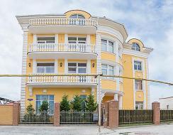 """Дом у моря с панорамным видом на Херсонес. Самый элитный район Севастополя, """"девичья горка""""."""