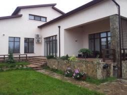 Продам элитный жилой дом в Севастополе