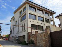 Продается дом в тихом районе Севастополя